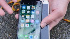 iPhone 7 ve Galaxy S7 su testinde (Video)