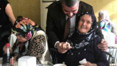 MHP Malatya Kadın Kolları Birimi'nin, MHP Malatya İl Başkanlığı'nın koordinesindehuzurevinde aşure etkinliği düzenledi.