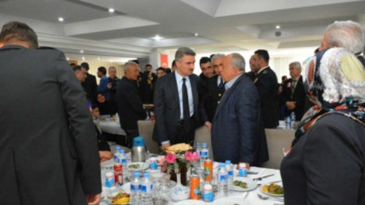 Vali Baruş, Şehit Aileleri ve Gaziler Onuruna Düzenlenen Programa Katıldı