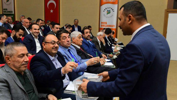 Yeşilyurt Belediyesi Meclis Başkanvekilliğine Naci Şavata Seçildi
