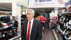 Güder, Battalgazi Belediyesi Hayır Çarşısı'nda incelemelerde bulundu.