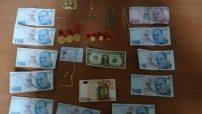 Malatya'da Kendilerini Polis ve Savcı olarak Tanıtarak Vatandaşı Dolandıran  4 Kişi  Yakalandı