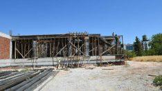 Alpaslan Türkeş Bulvarı girişinde yapımına başlanan 'İtfaiye Merkezi'nin inşaatı büyük bir hızla devam ediyor.