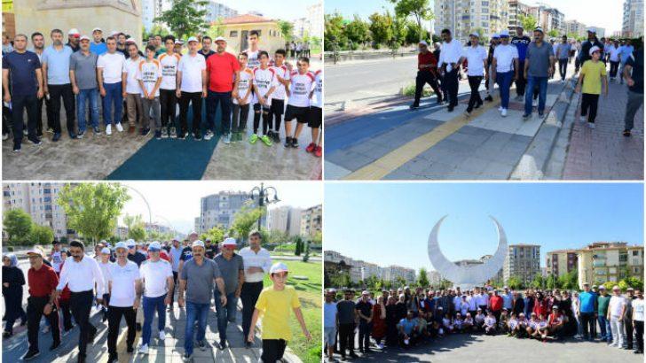 'Gelin Birlikte Yürüyelim' sloganı altında 'Yeşilyurt Yürüsün' etkinliği düzenlendi