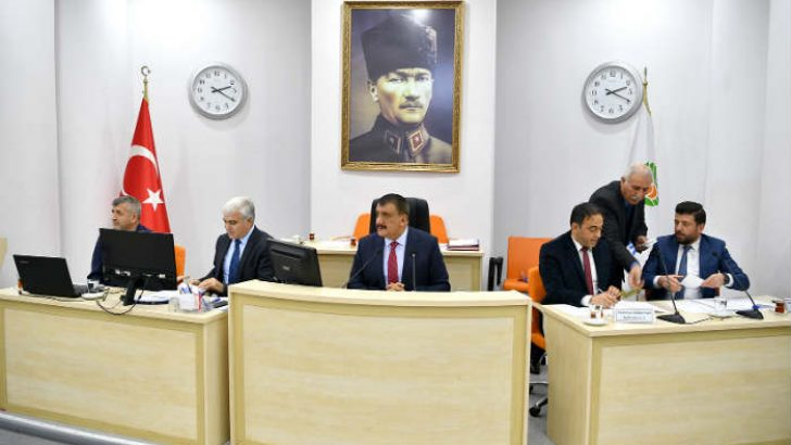 Malatya Büyükşehir Belediye Meclisi, Ethem Sancak'a Fahri Hemşerilik beratı verilmesi kabul edildi.