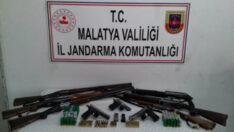 Malatya Pütürge ilçesinde Silah ve Mühimmat kaçakçıları kıskıvrak yakalandı