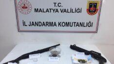 Malatya Jandarma Komutanlığı Uyuşturucu Madde Kaçakcısı ve Hırsızlık Olaylarına Karışan Şahsı Yakaladı