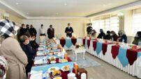 Diyarbakır'da Evlat Nöbeti Bekleyen Anneler, Gara Şehidimizi Ziyaret Etti