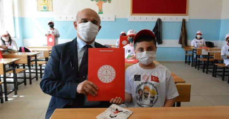Milli Eğitim Bakanlığı Ölçme, Değerlendirme ve Sınav Hizmetleri Genel Müdürü Sayın Dr. Sadri Şensoy Malatya'da
