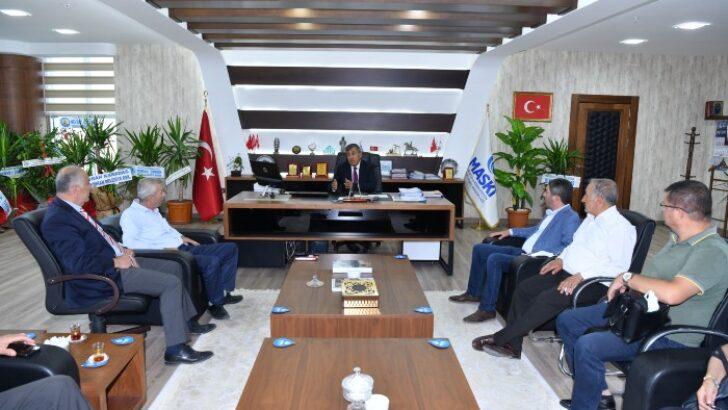 CHP Heyeti MASKİ Genel Müdürü Memet Mert'e hayırlı olsun ziyaretinde bulundular.